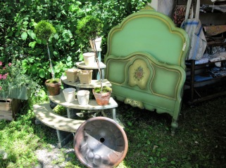 Brimfield still life